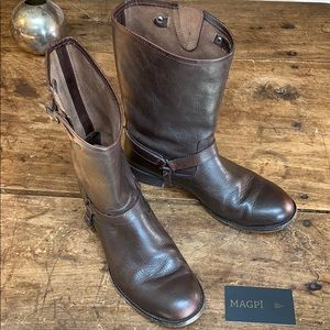 Ariat Classic Buckle + Harness  Low Riding Boot